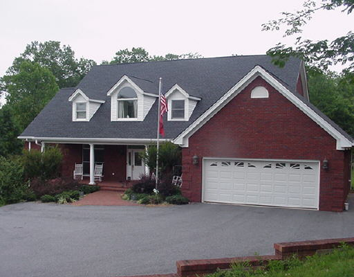 Photo of home for sale at 95 Thunder Ridge Dr, Cleveland GA