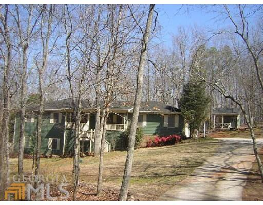 Photo of home for sale at 3651 Highway 212, Conyers GA