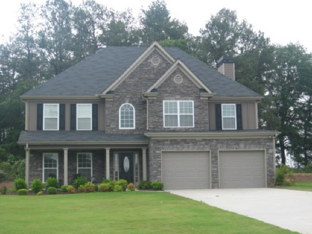 Photo of home for sale at 331 Junction Ct, Winder GA
