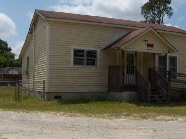 Photo of home for sale at 16998 Highway 301 N, Statesboro GA