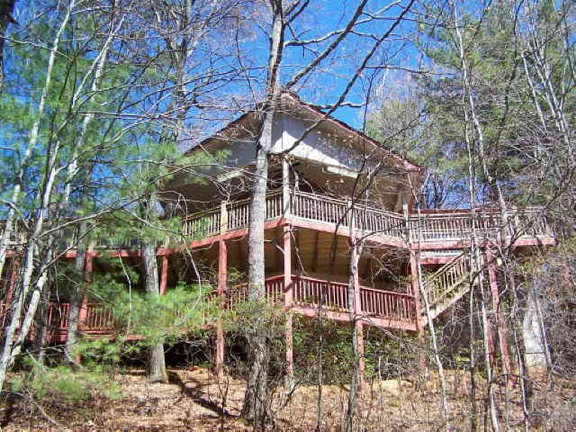Photo of home for sale at 565 W Sugarbush, Sky Valley GA