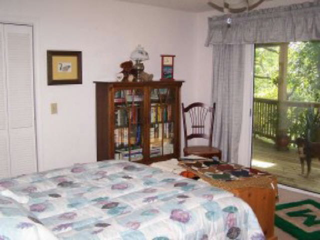 Photo of home for sale at 565 W Sugarbush, Sky Valley GA