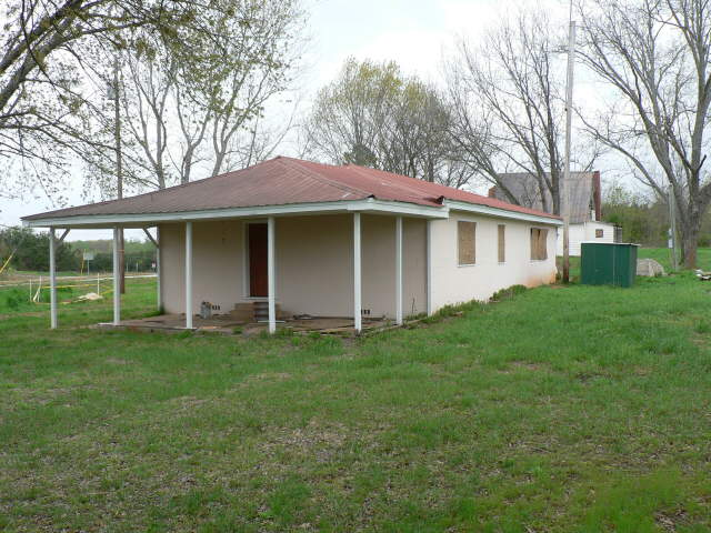 Photo of home for sale at 7163 Hwy 441, Nicholson GA
