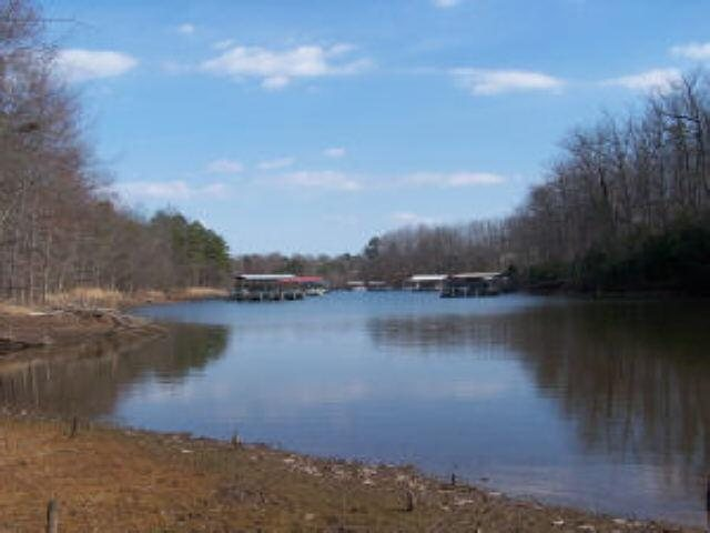 Photo of home for sale at 0 Ridge Rd, Hartwell GA