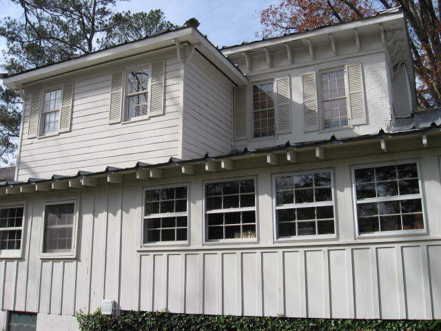Photo of home for sale at 390 Johnson St, Madison GA