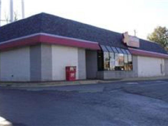 Photo of home for sale at 201 E Broad St, Greensboro GA
