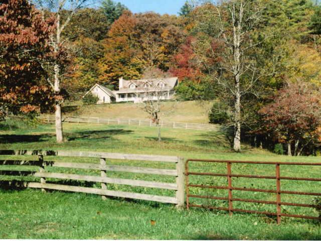 Photo of home for sale at 141 Washington, Clayton GA
