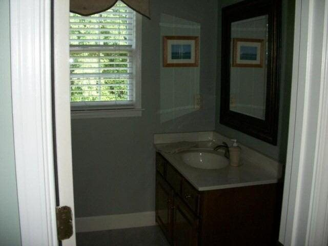 Photo of home for sale at 1843 Gloucester Ct, Snellville GA