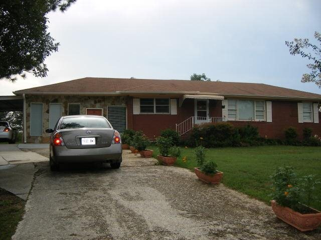 Photo of home for sale at 35 Love Dr, Stockbridge GA