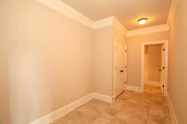 Photo of home for sale at 4417 Bridgehaven Dr, Snellville GA