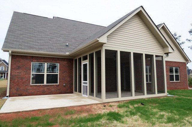 Photo of home for sale at 328 Golden Ocala Blvd, Macon GA