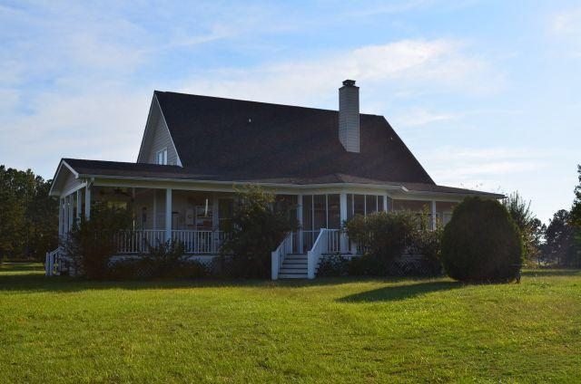 Photo of home for sale at 3855 Hopewell Church Rd, Pine Mountain GA