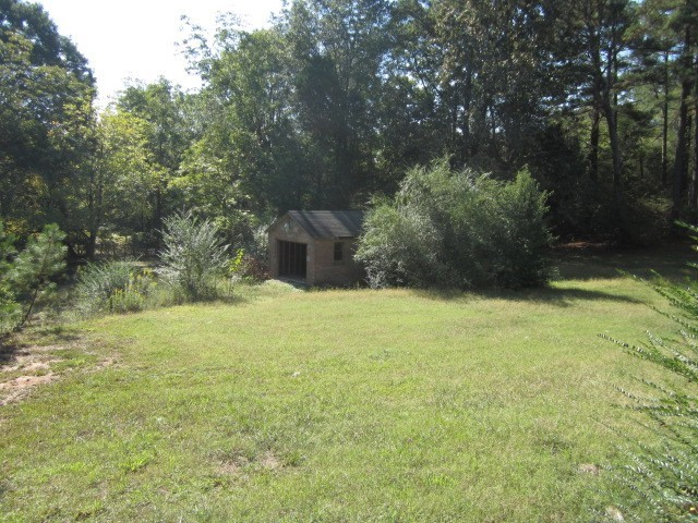 Photo of home for sale at 5148 Flakes Mill Rd, Ellenwood GA