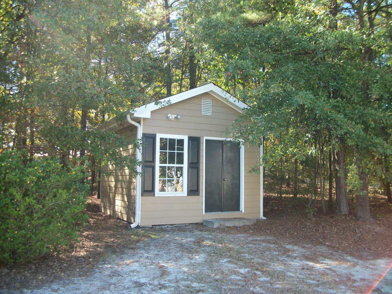 Photo of home for sale at 2401 Herring Woods Trl, Grayson GA