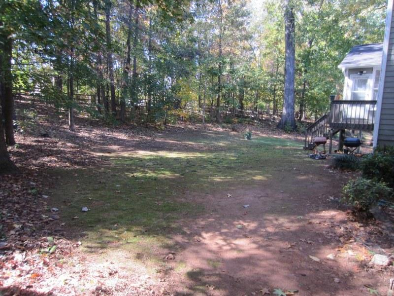 Photo of home for sale at 5385 Coldstream Way, Powder Springs GA