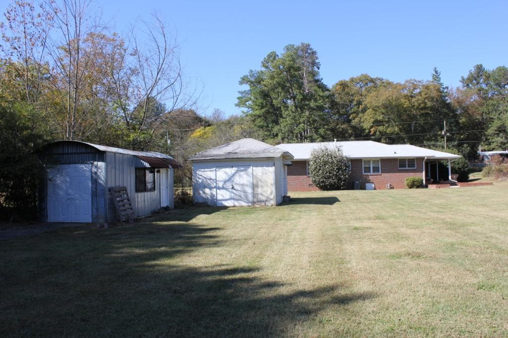 Photo of home for sale at 5819 Church St, Flowery Branch GA