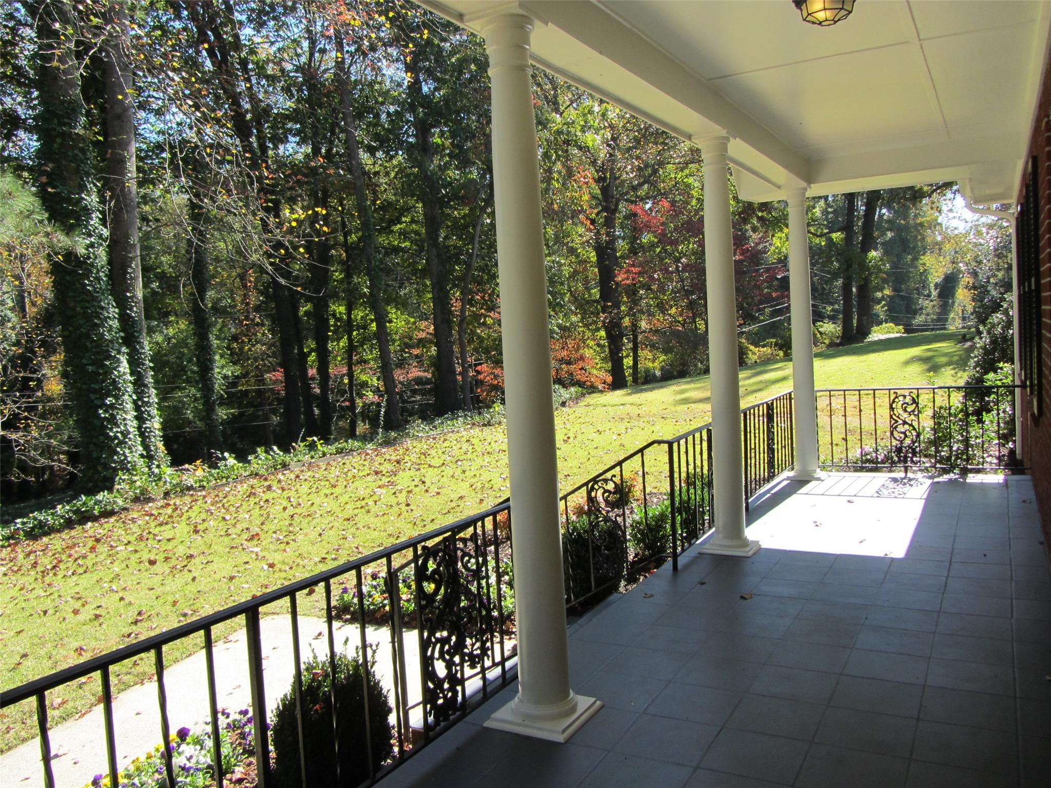 Photo of home for sale at 3378 Breton Ct, Atlanta GA