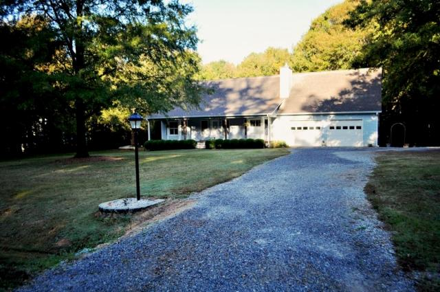 Photo of home for sale at 1200 Peacock Dr, Bishop GA