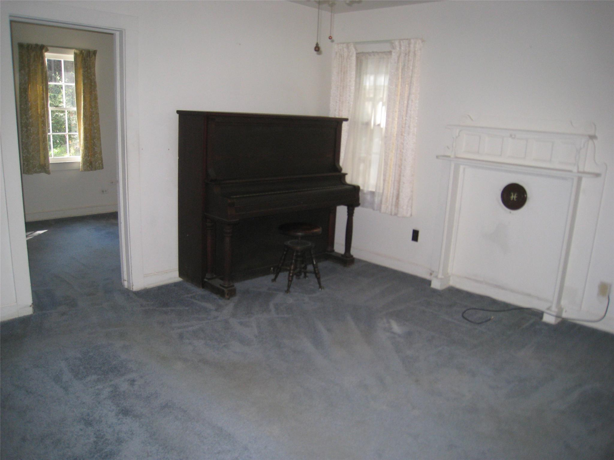 Photo of home for sale at 70 6th Ave, Mansfield GA