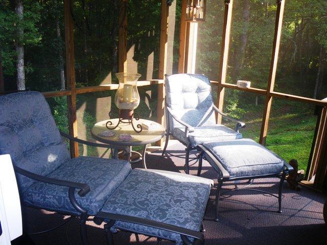 Photo of home for sale at 28 Bilmore Ln, Dahlonega GA