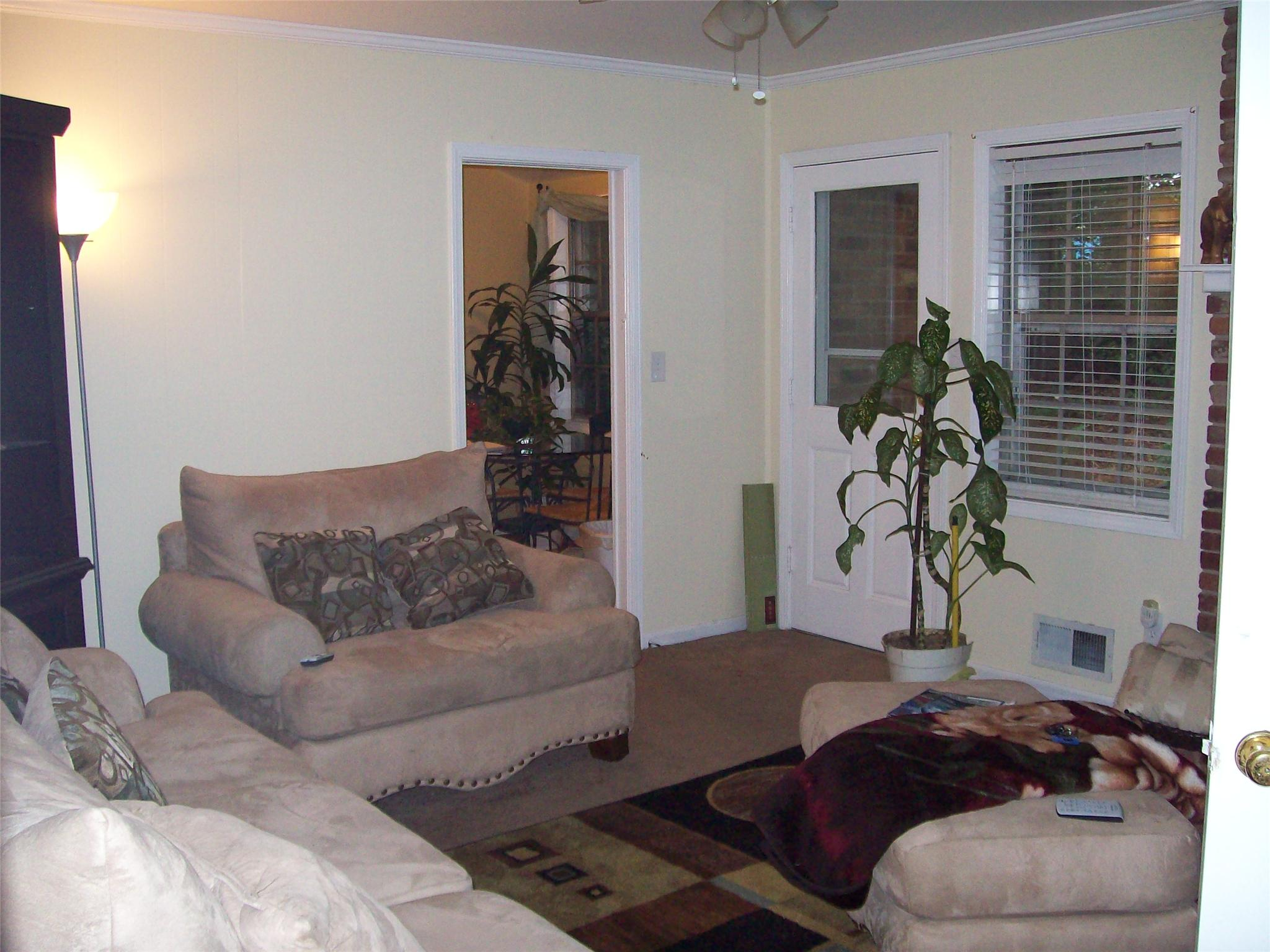 Photo of home for sale at 4495 Catalina Cir, East Point GA