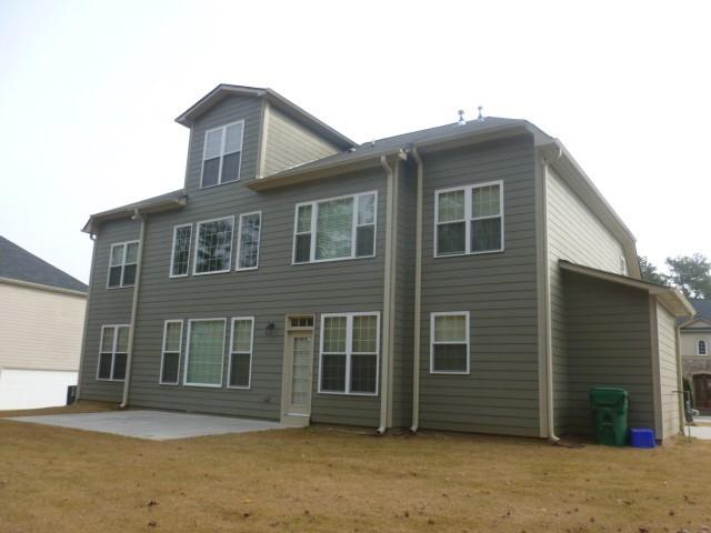 Photo of home for sale at 3208 Walnut Rdg, Atlanta GA