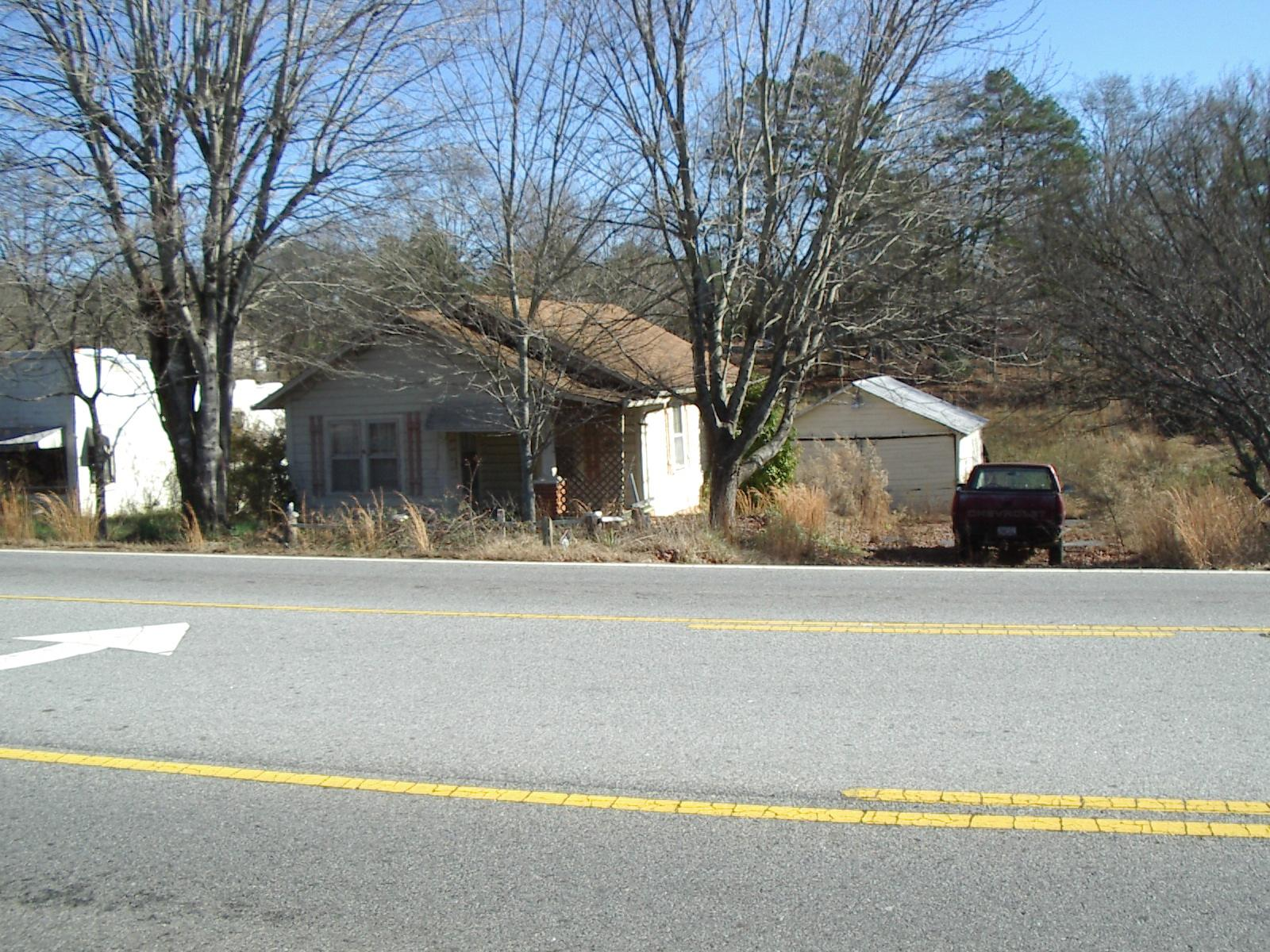 Photo of home for sale at 776 Historic Hwy 441, Demorest GA