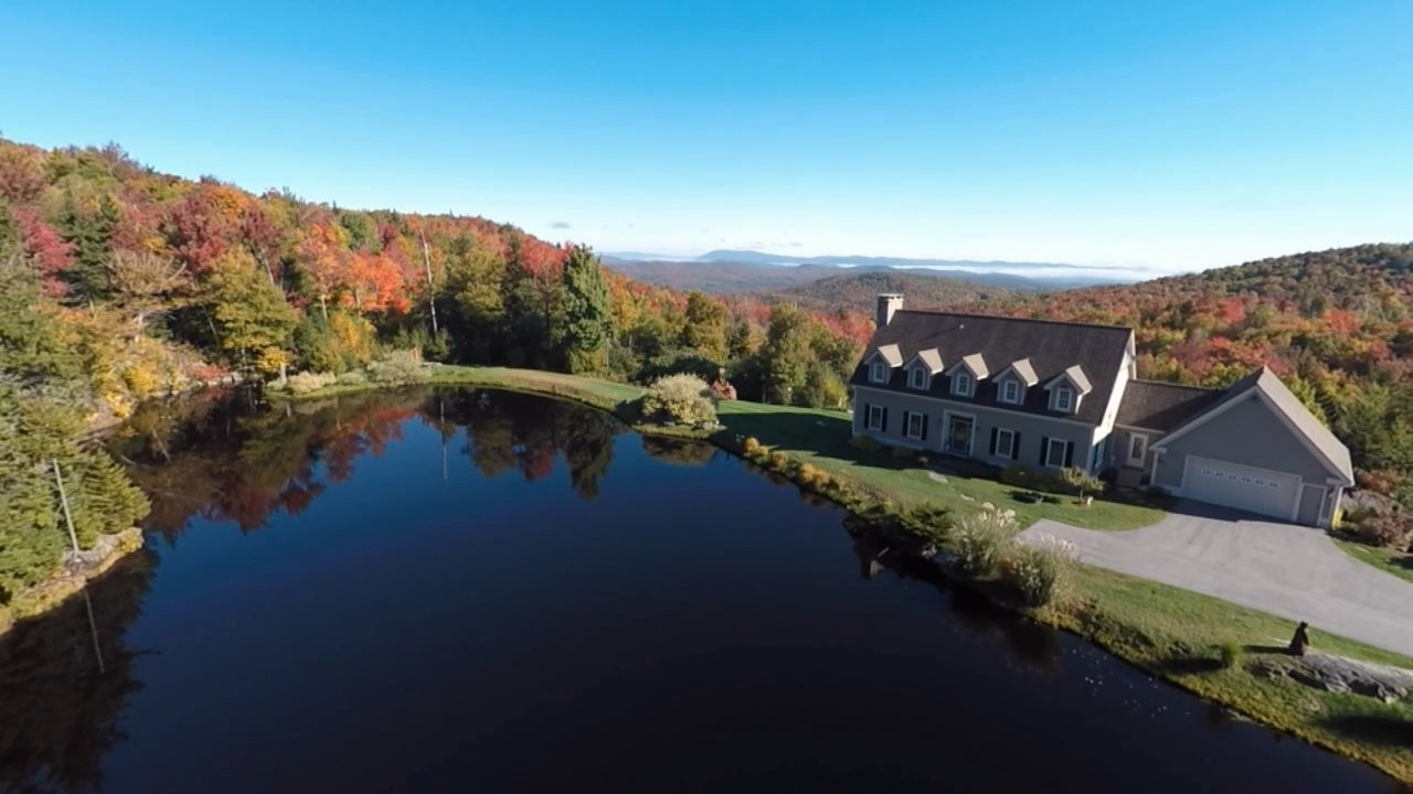 STRATTON VT Lake House for sale $$928,000 | $305 per sq.ft.