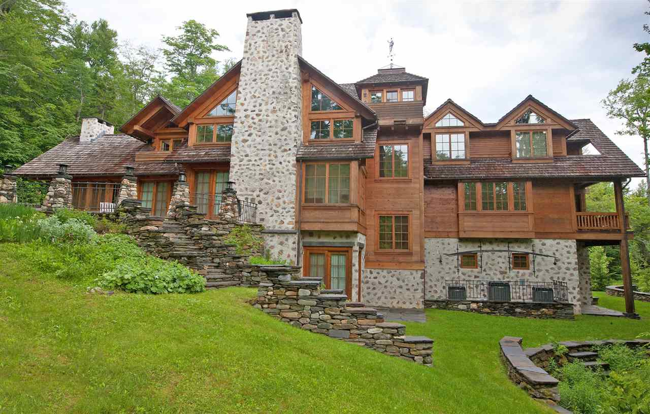 Trailside luxury on Mount Snow in a private...