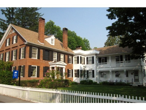 VILLAGE OF WOODSTOCK IN TOWN OF WOODSTOCK VT Home for sale $$1,495,000 | $157 per sq.ft.