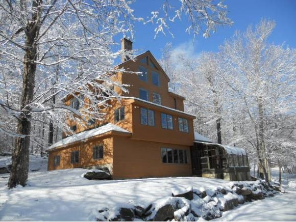 KILLINGTON VT Home for sale $$649,000 | $205 per sq.ft.