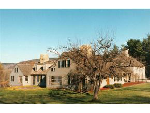LYME NH Lake House for sale $$1,200,000 | $297 per sq.ft.