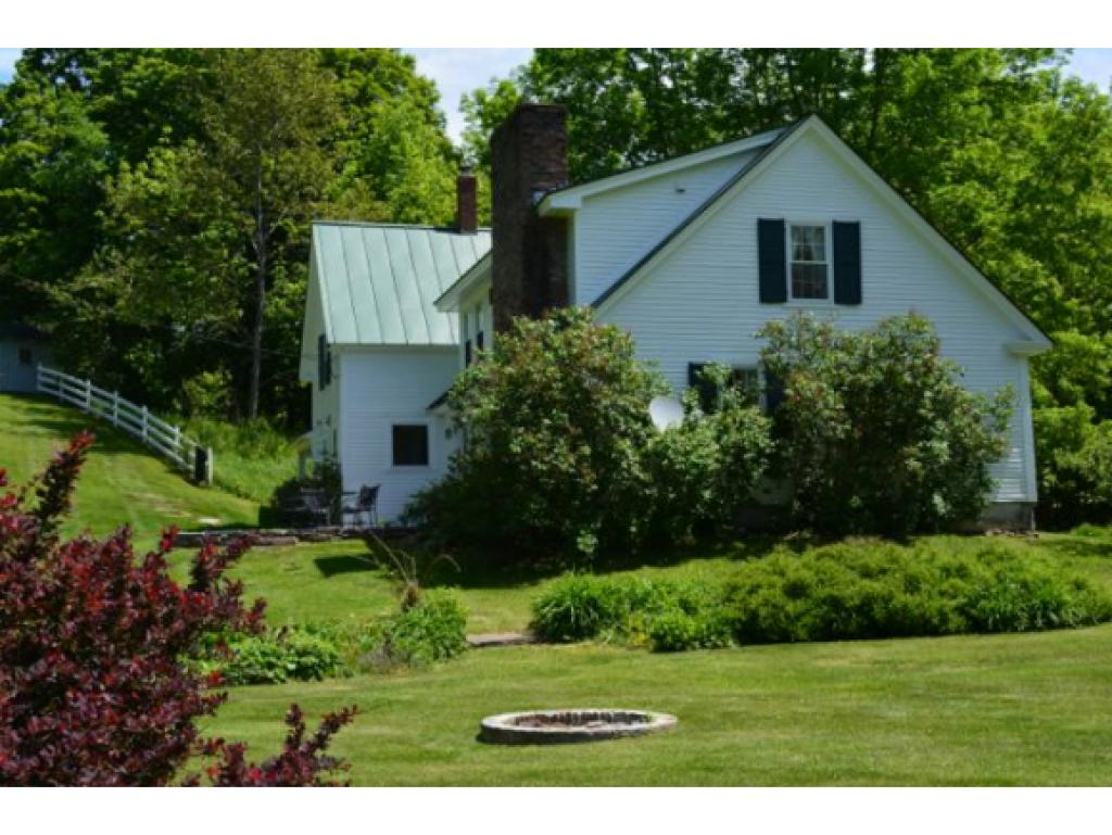 149 Old City Falls Rd, Strafford, VT 05072