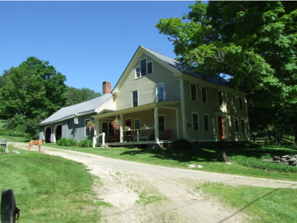 Reading VT Home or Farm Acres: 63.39   Beds: 4