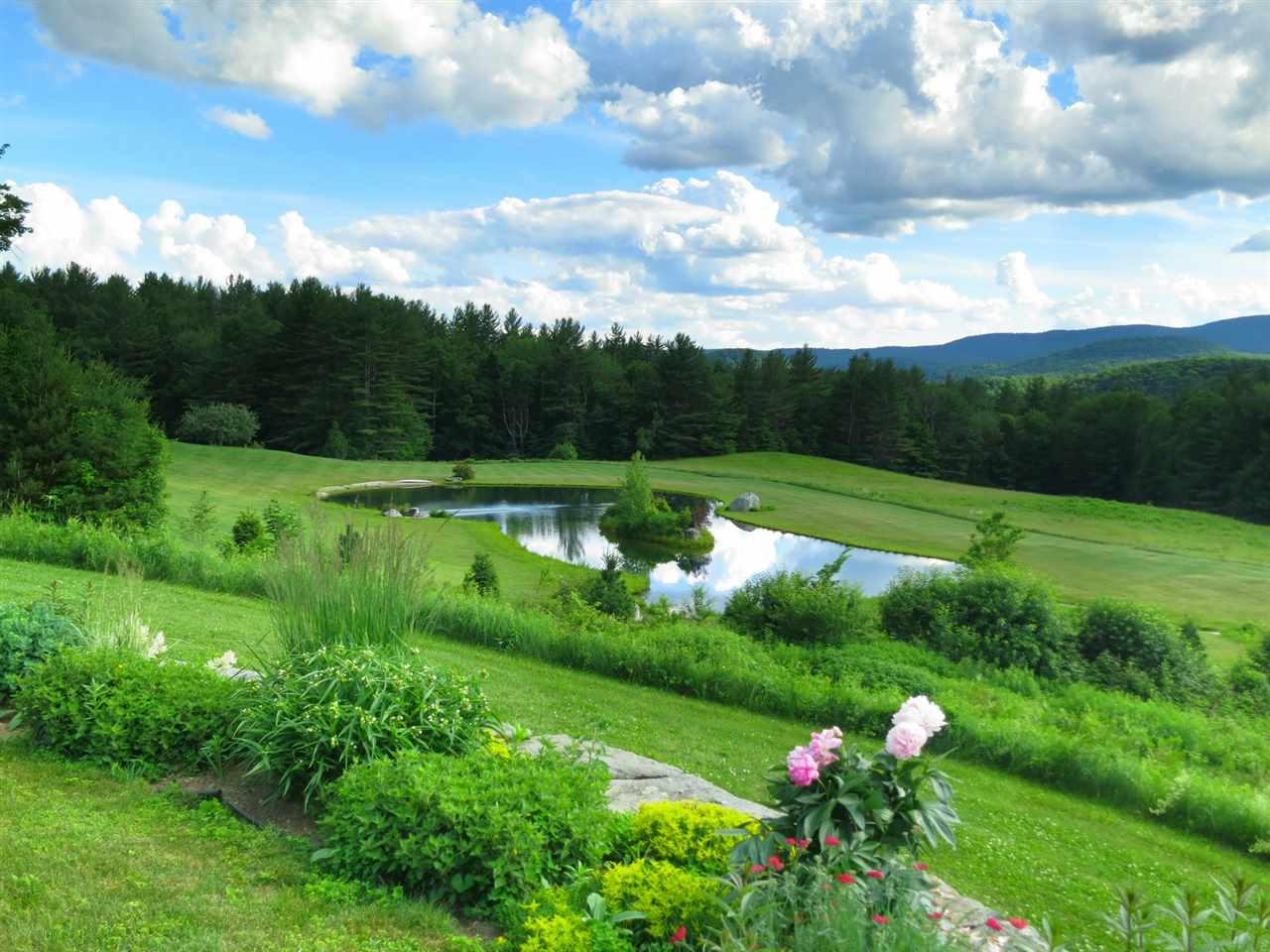 2070 Under the Mountain Road, Londonderry, VT 05155