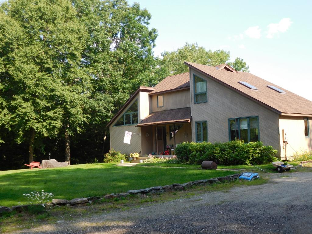 HINSDALE NHHome for sale $$264,900 | $104 per sq.ft.