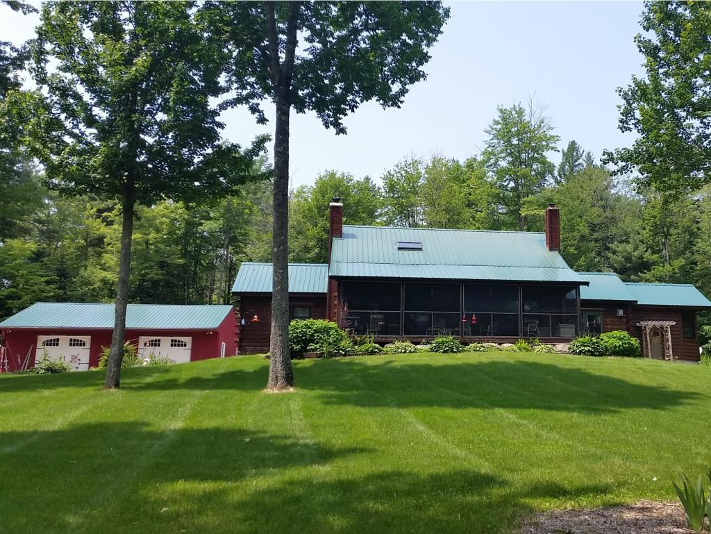 DORCHESTER NH Home for sale $$495,000 | $226 per sq.ft.
