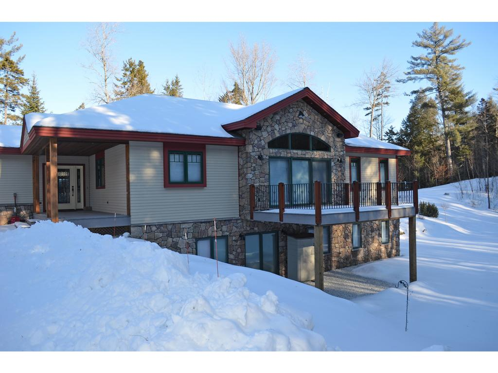 74 Country Crossing, Ludlow, VT 05149