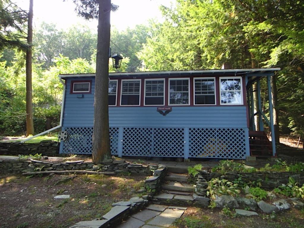 POULTNEY VTLake House for sale $$285,000 | $322 per sq.ft.