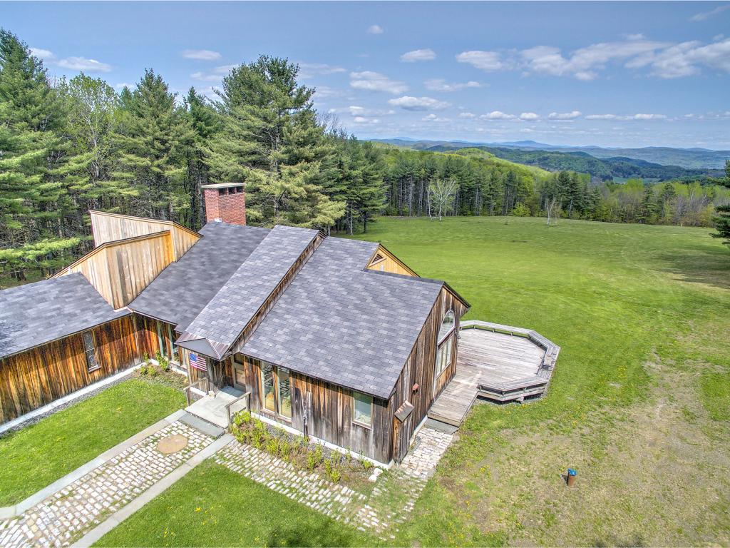POMFRET VT Home for sale $$949,000 | $420 per sq.ft.