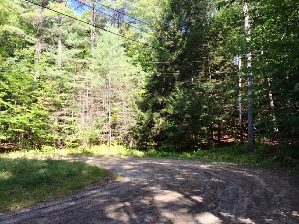 VILLAGE OF QUECHEE IN TOWN OF HARTFORD VTLand  for sale $$15,000 | 3.4 Acres  | Price Per Acre $4,411