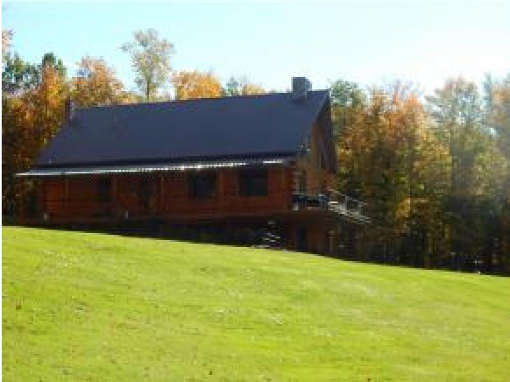 LINCOLN VT Home for sale $$460,000 | $243 per sq.ft.