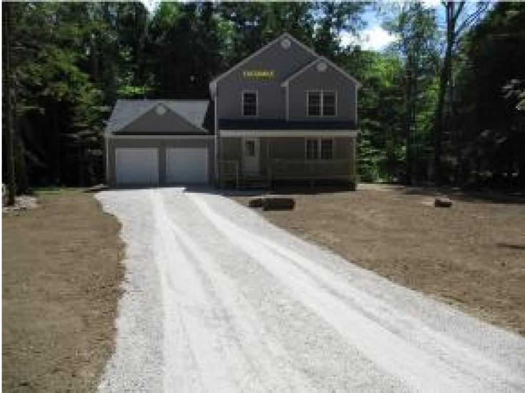 VILLAGE OF CENTER BARNSTEAD NH IN TOWN OF BARNSTEAD NH  Home for sale $264,900