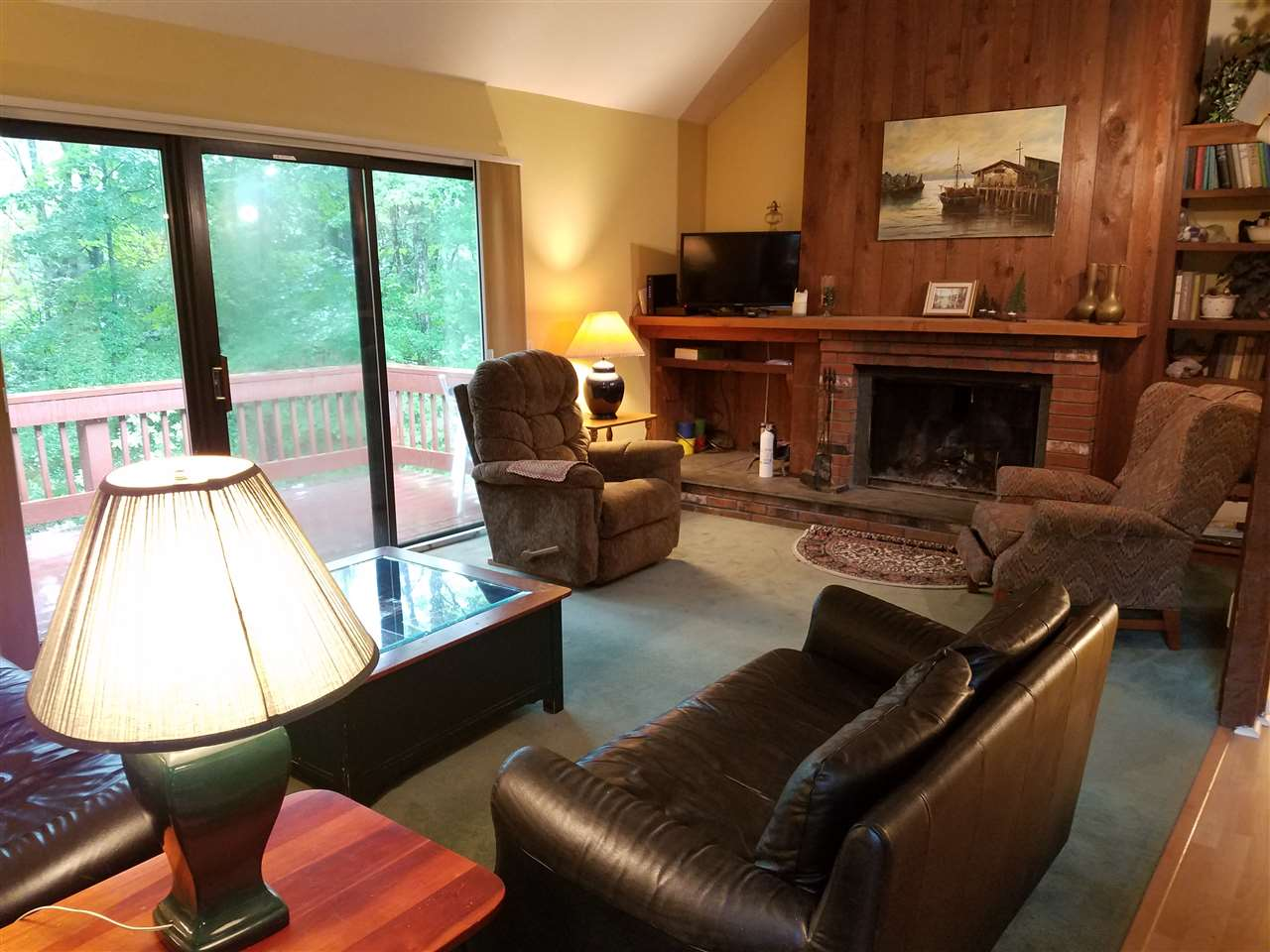 VILLAGE OF QUECHEE IN TOWN OF HARTFORD VT Condo for sale $$99,000 | $113 per sq.ft.