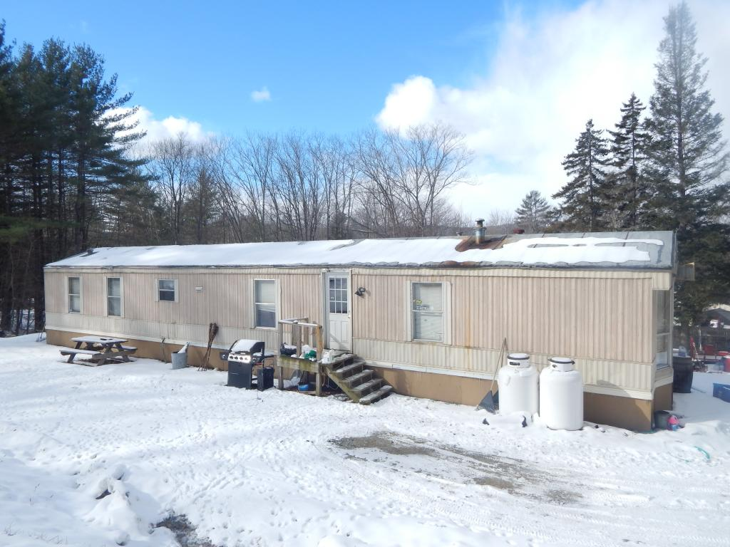 HARTFORD VT Mobile-Manufacured Home for sale $$109,900 | $115 per sq.ft.