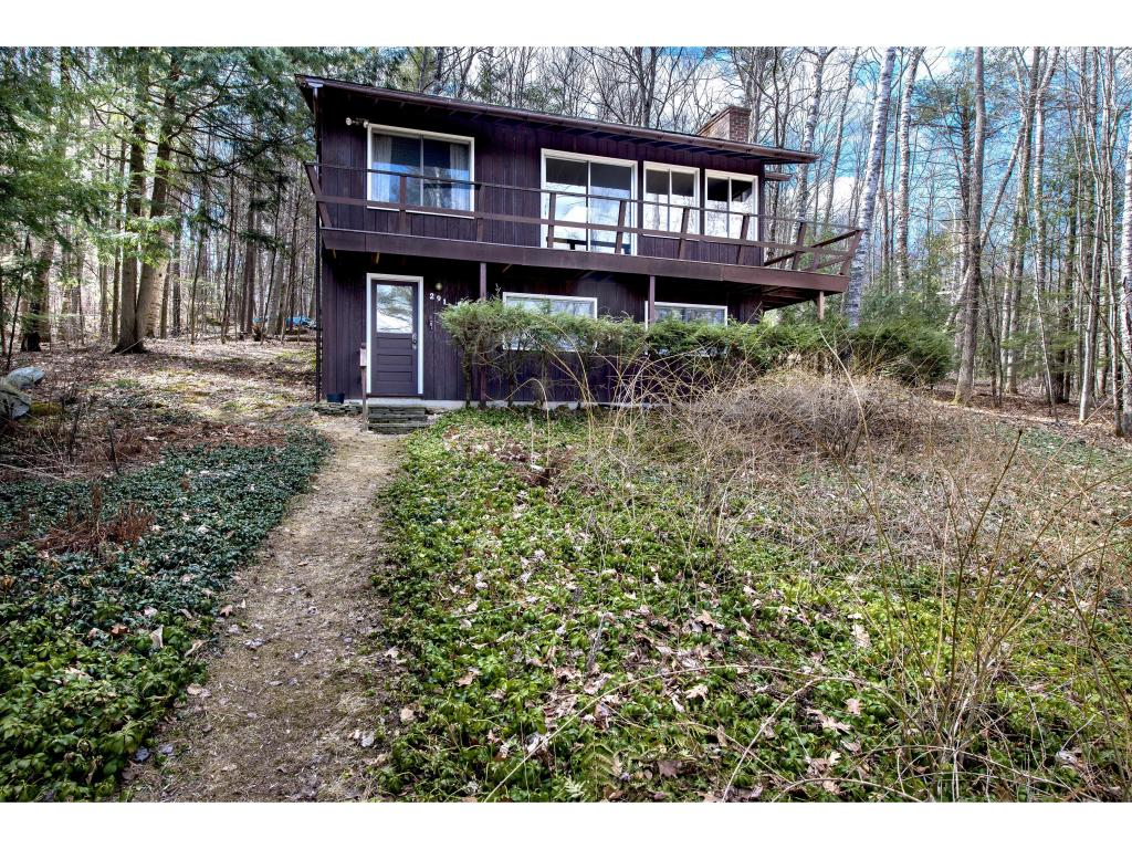 LEICESTER VT Lake House for sale $$299,000 | $411 per sq.ft.