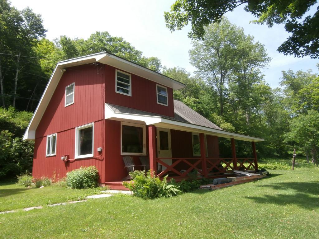 SANDGATE VTLake House for sale $$259,500 | $262 per sq.ft.