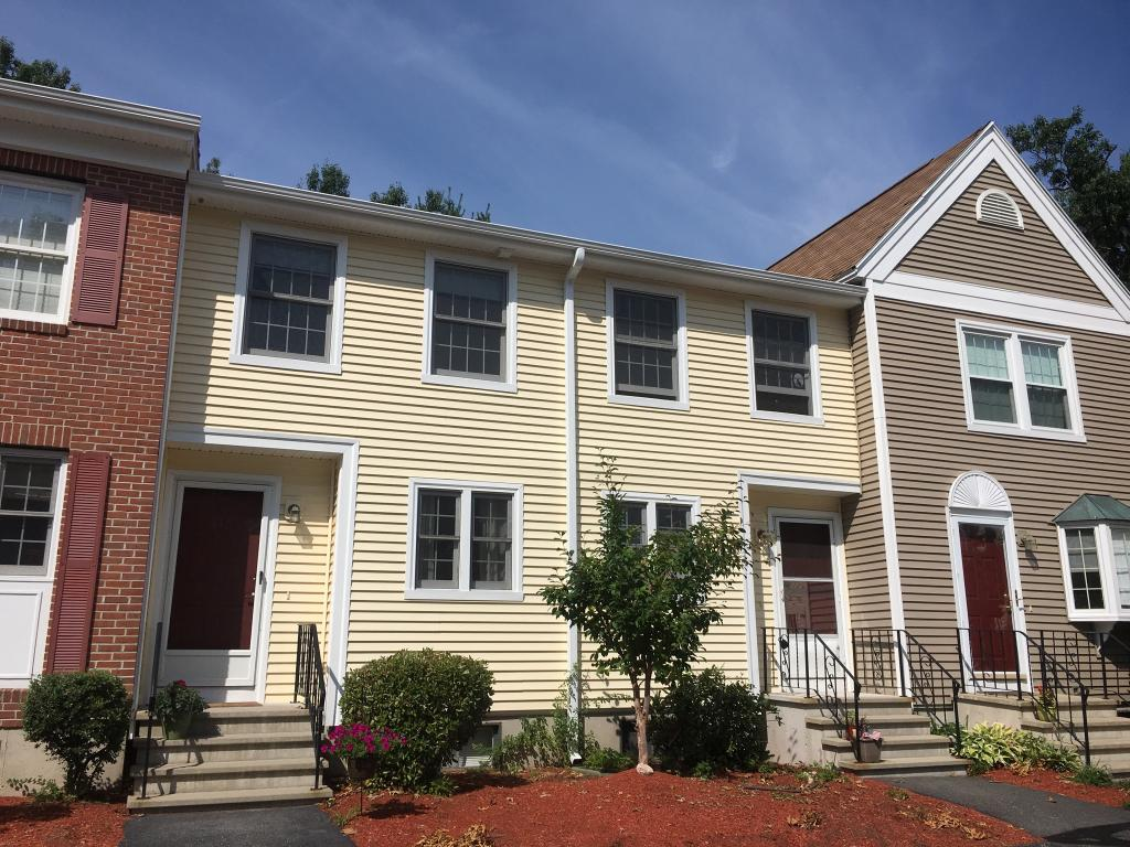Manchester NH Condo for sale $List Price is $139,700