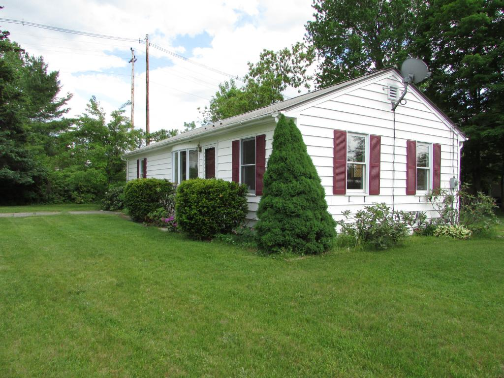 LEBANON NH Home for sale $$174,800 | $190 per sq.ft.