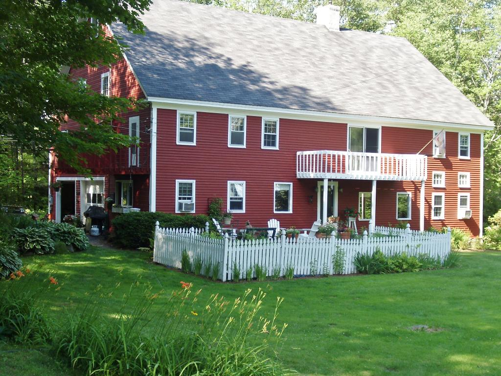 CENTER HARBOR NH  Home for sale $450,000